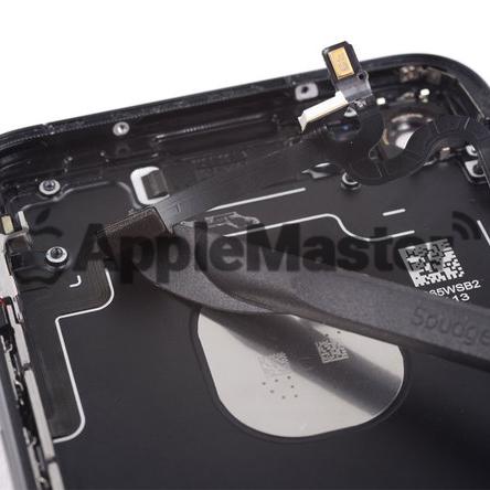 Демонтаж шлейфа кнопок громкости iPhone 8