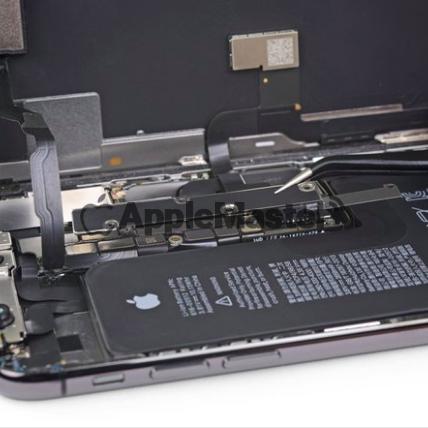 Снятие защитной скобы iPhone Xs