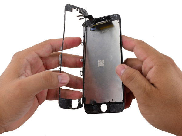 Удаление каркаса дисплея Айфон 6S