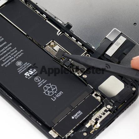 Отключение шлейфа акб iPhone 7
