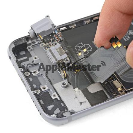 Снятие нижнего шлейфа Айфон 6S