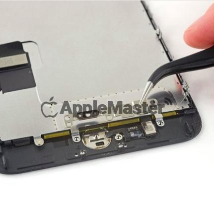 Снятие защитной скобы кнопки Домой iPhone 7 Plus