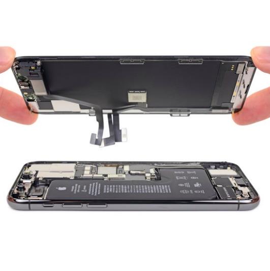 Замена задней камеры iPhone 11 Pro