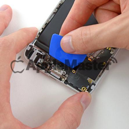 Удаление нижнего шлейфа Айфон 6+
